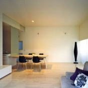 newhouse_living024_1000