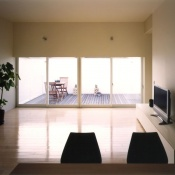 newhouse_living025_1000