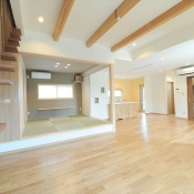 newhouse_living033_1000