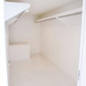 newhouse_storage006_1000