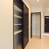 newhouse_storage020_1000